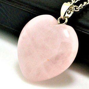 "Jewelry - NEW 3/4"" Shiny Rose Quartz Heart Pendant Necklace"